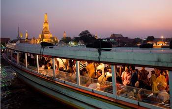 vacanze famiglia - battello Bangkok
