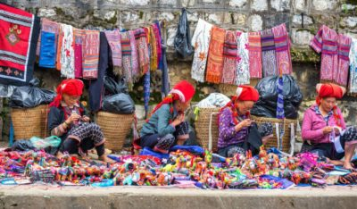 Il colorato e ricco mercato di Sa Pa