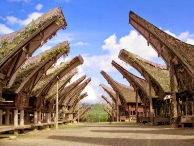 tongkonan tana toraja indonesia