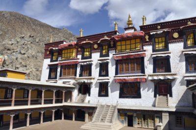 monastero drepung lhasa tibet